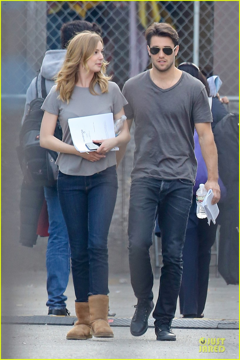 emily vancamp josh bowman wrapped up 133078134