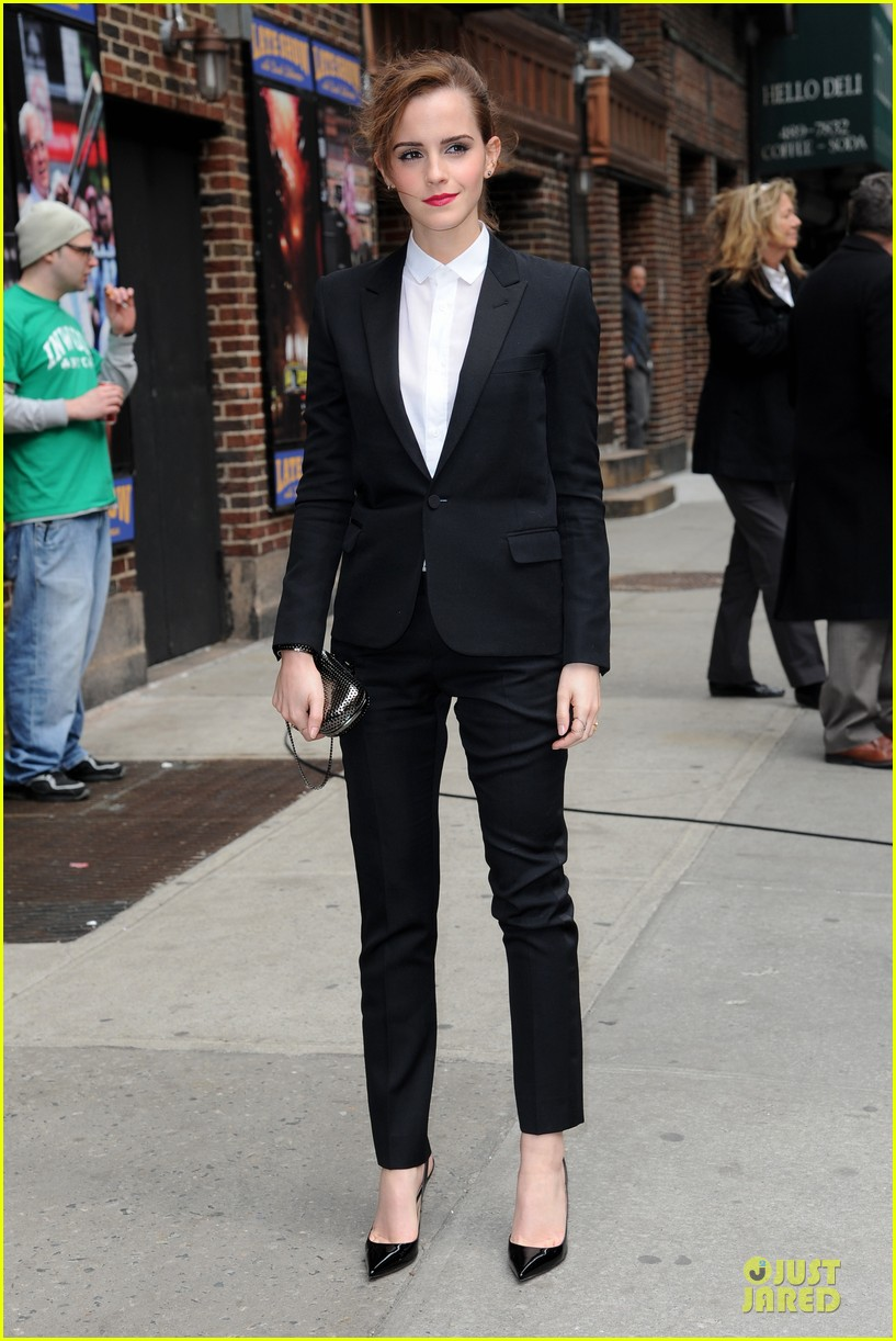 emma watson suit late show with david letterman 053078517