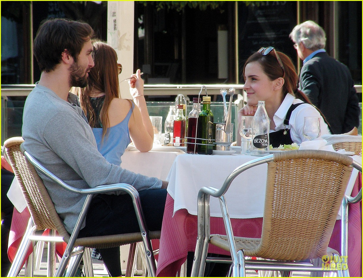 emma watson enjoys lunch with matthew janney 04