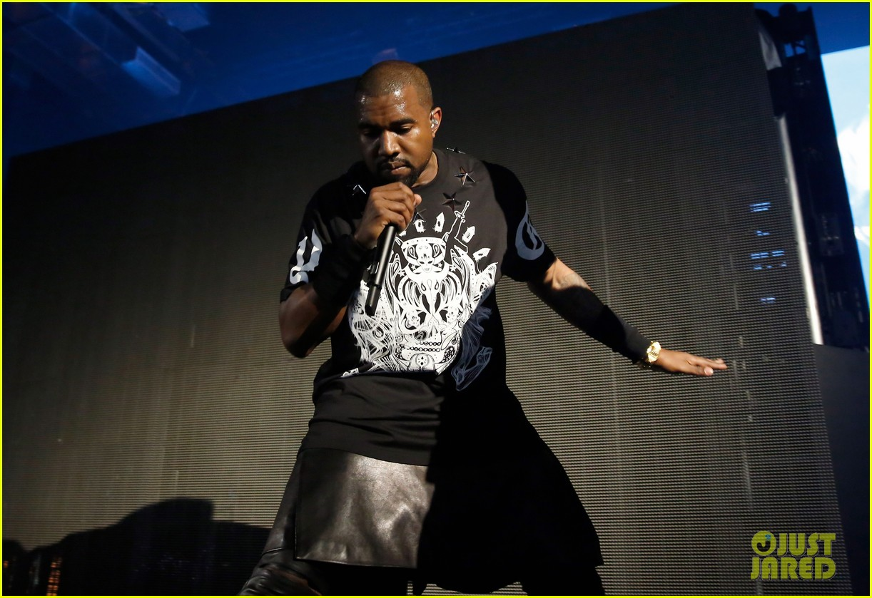 kanye west jay z duet otis gotta have it more at sxsw watch now 02