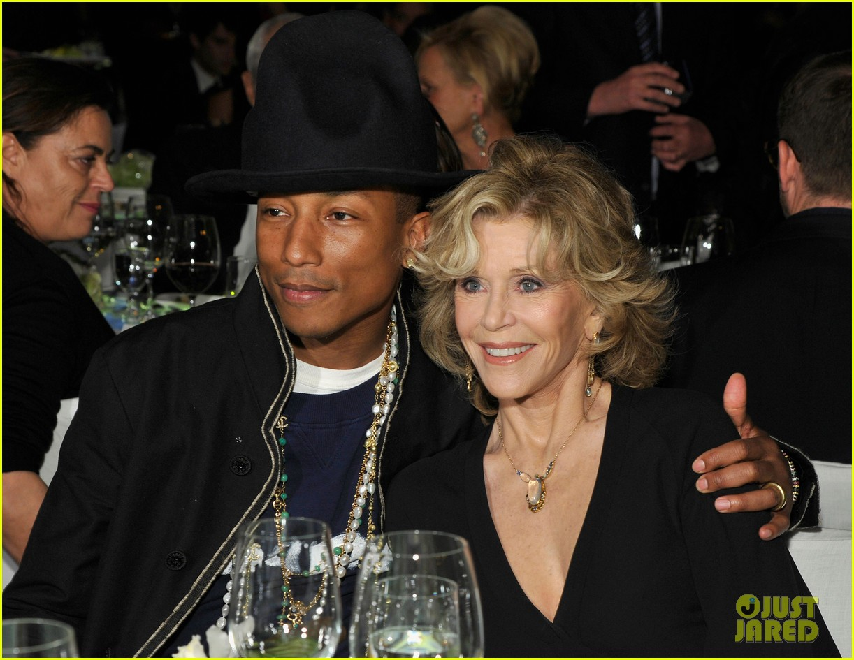 pharrell williams wife helen attend star studded moca gala 10