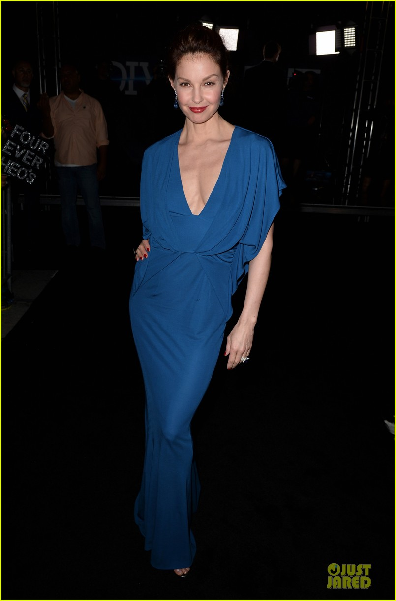 kate winslet ashley judd divergent la premiere 033074388