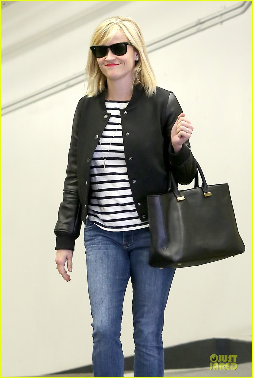 reese witherspoon bowling for 38th birthday 103078109