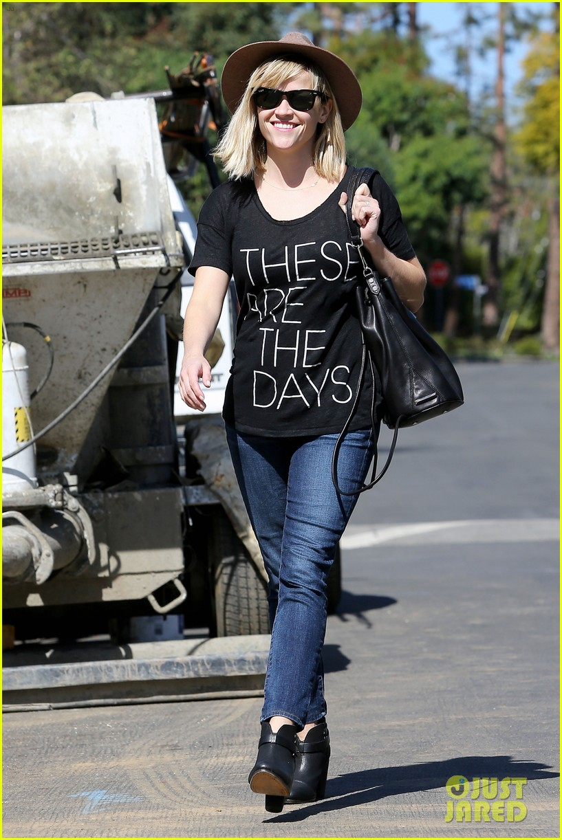 reese witherspoon these are the days 16