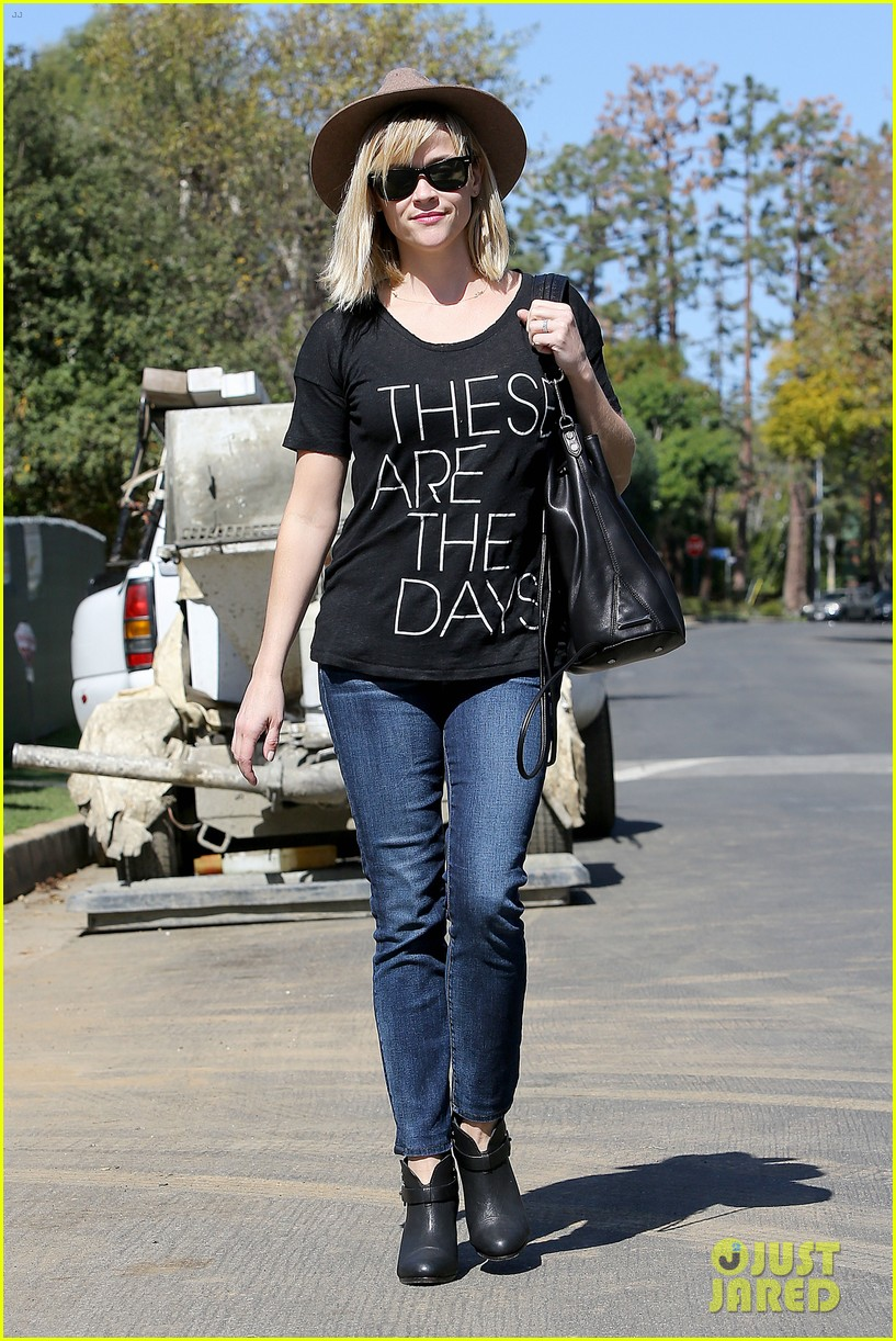 reese witherspoon these are the days 19