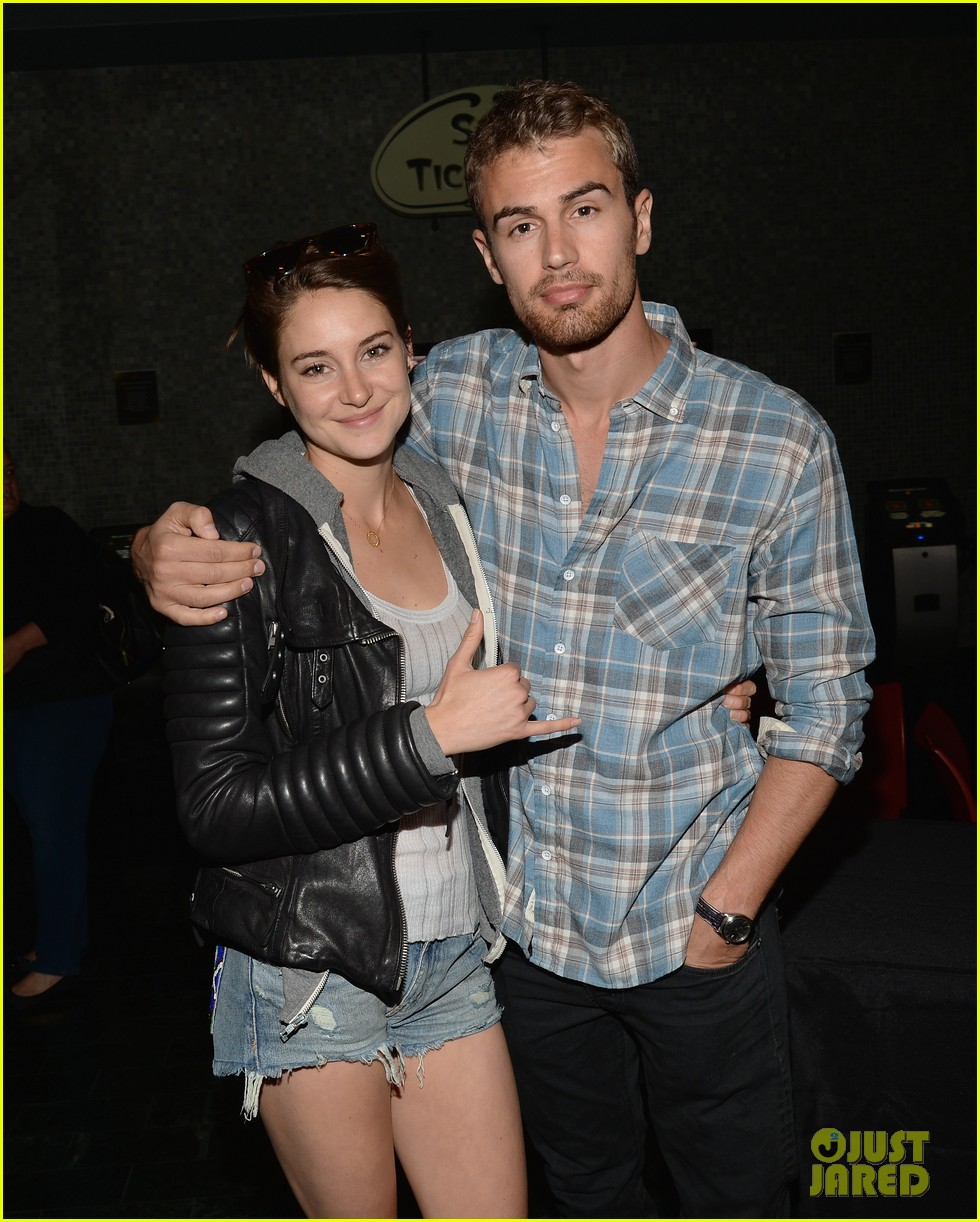 shailene woodley theo james all it takes divergent screening 11
