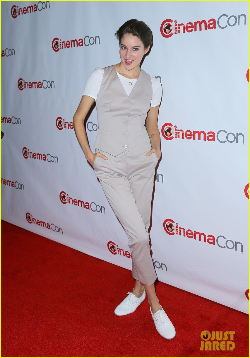 shailene woodley trades dress for slacks a vest at cinemacon 2014 01