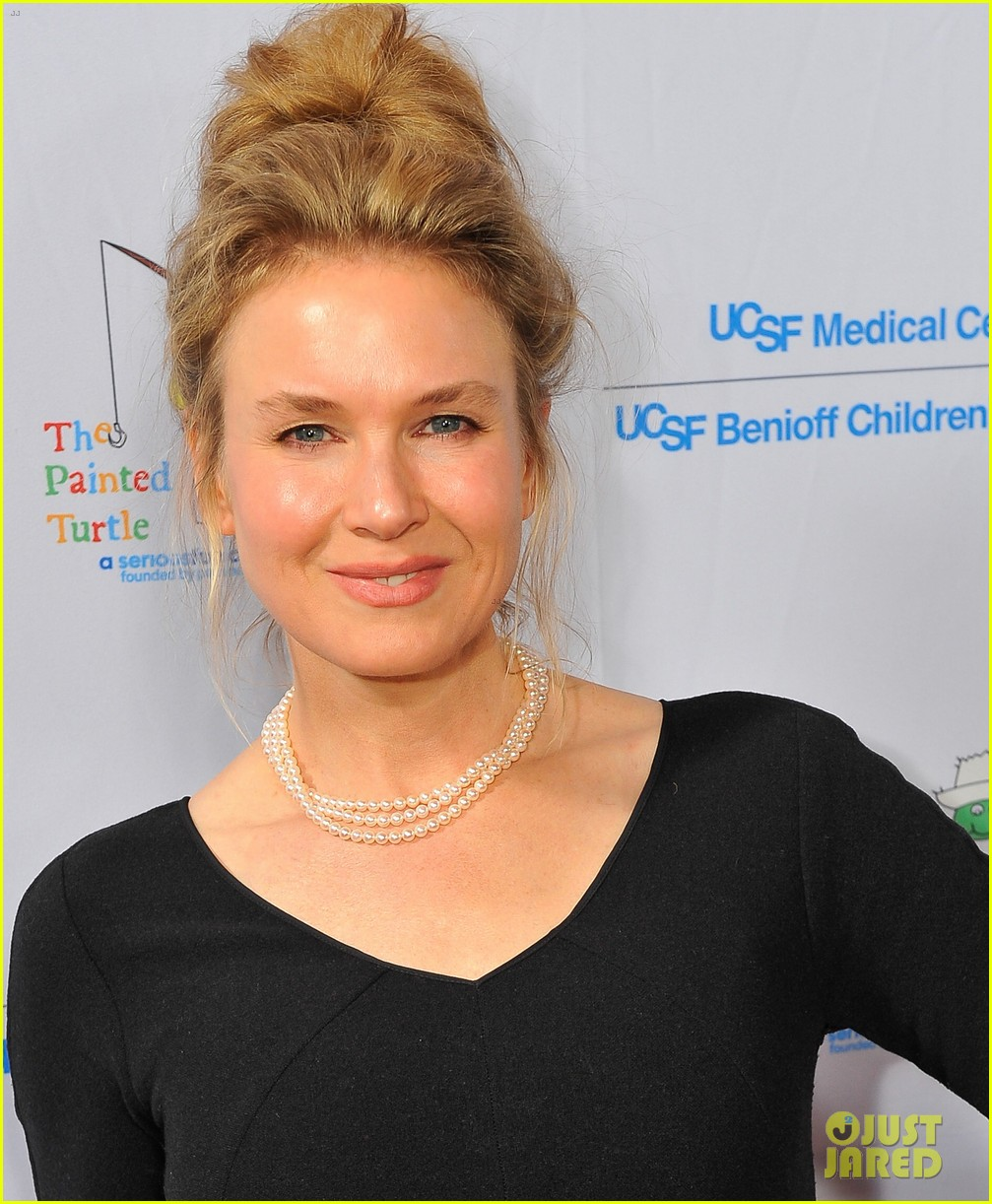 renee zellweger amber riley painted turtles starry evening 01
