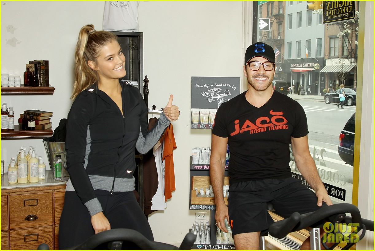 entourage jeremy piven nina agdal reunite for cycling fun 20