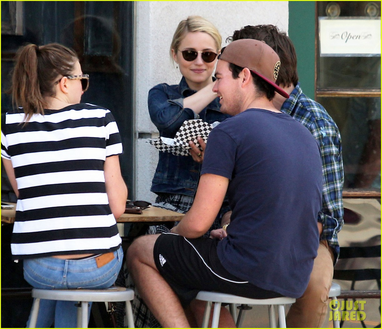 dianna agron gets cozy with thomas cocquerel at lunch 083097175