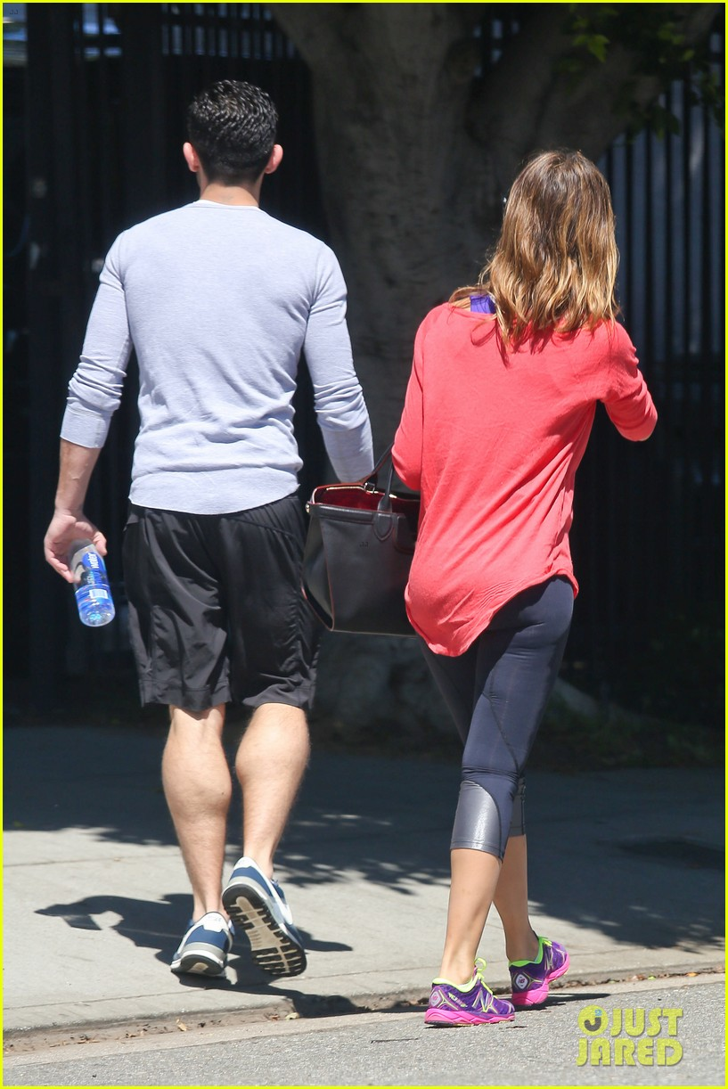 jessica alba celebrates 33rd birthday with husband cash warren 163101436