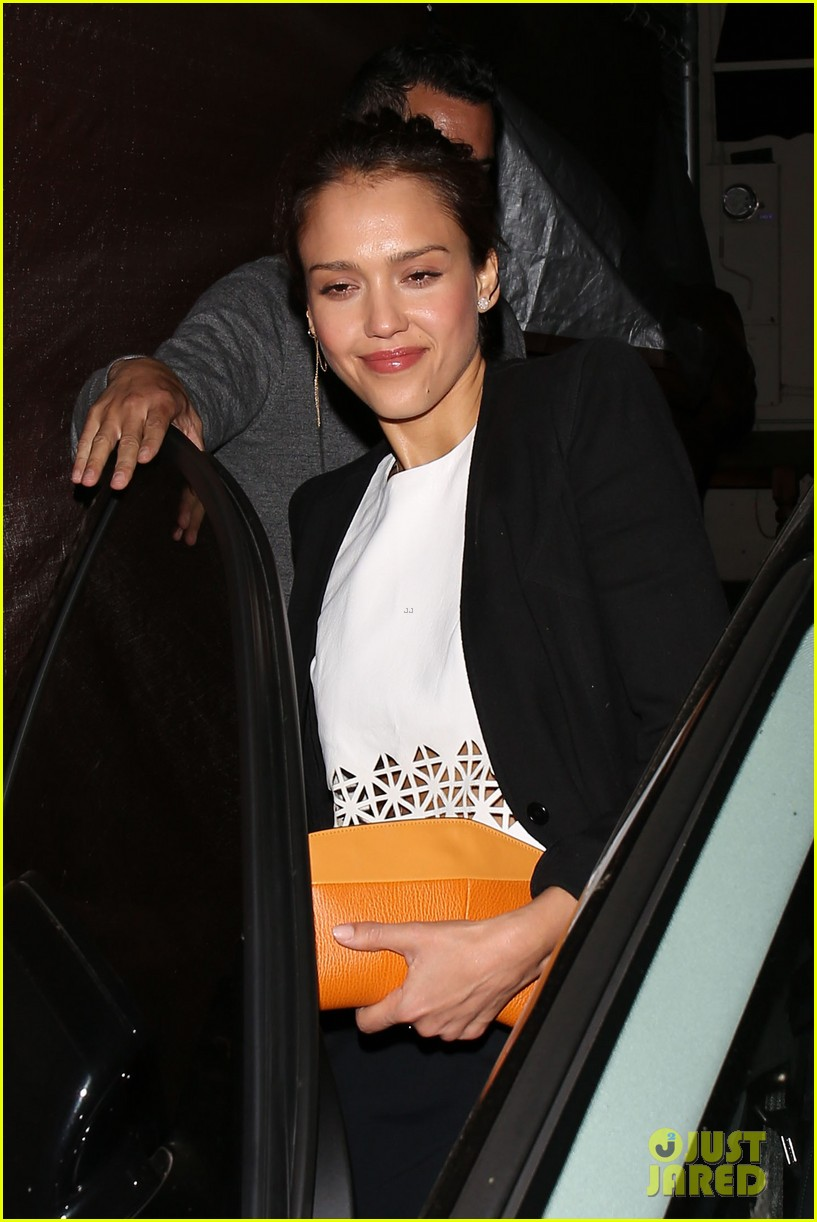 jessica alba celebrates 33rd birthday with husband cash warren 20