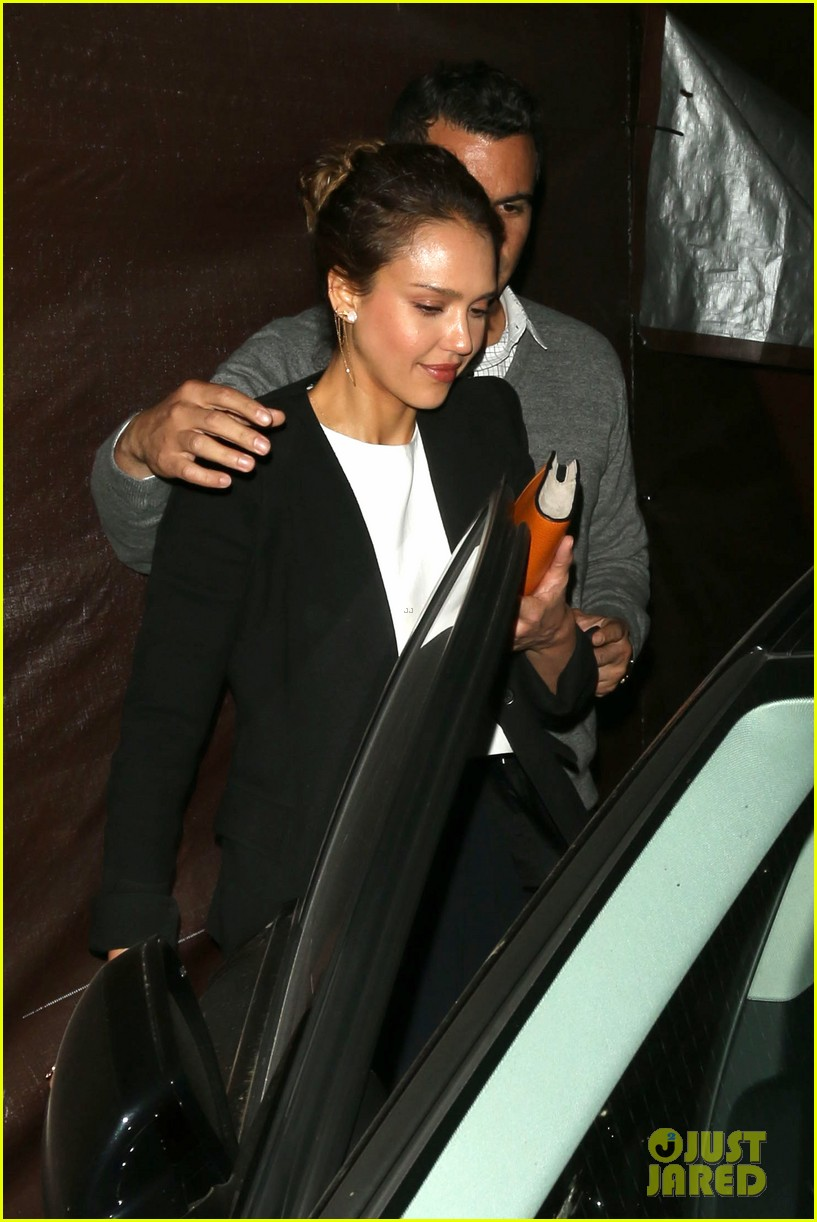 jessica alba celebrates 33rd birthday with husband cash warren 24