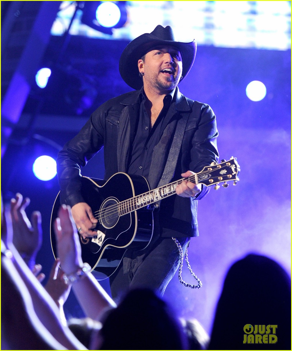 jason aldean performs acm awards 2014 male vocalist of the year 033085991
