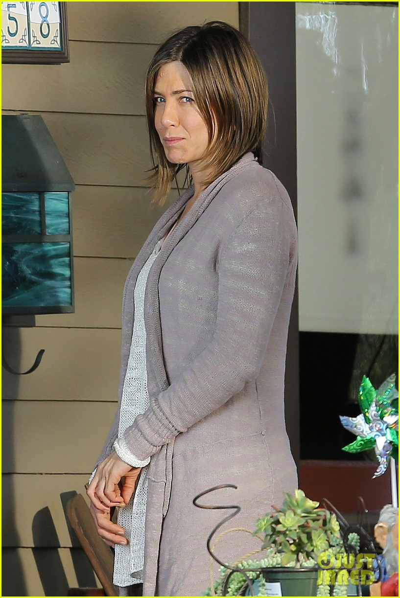 jennifer aniston scar on face for cake 063084909
