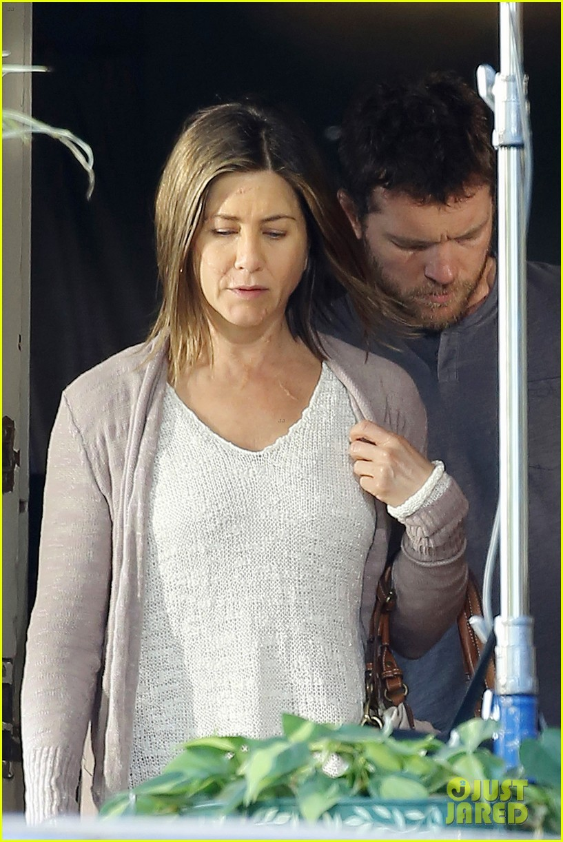 jennifer aniston scar on face for cake 073084910