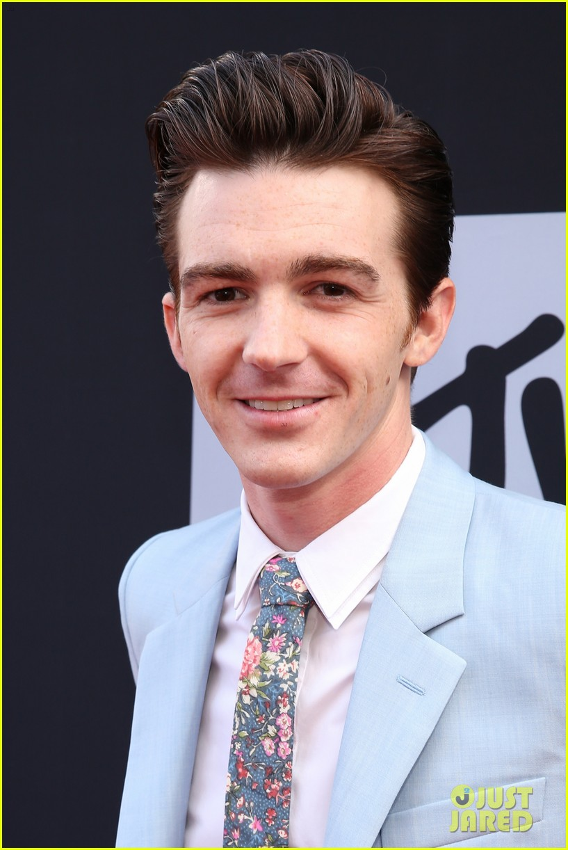 drake bell mtv movie awards 2014 04