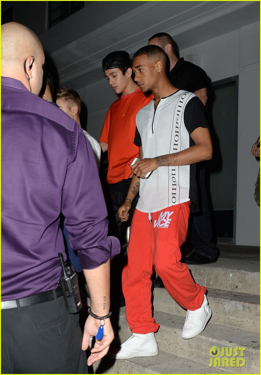 justin bieber austin mahone 18th birthday dinner 20