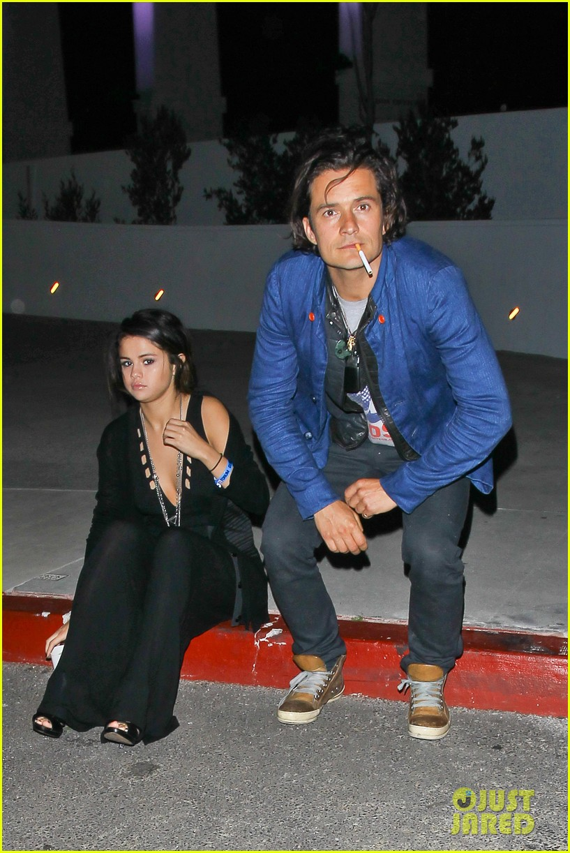 orlando bloom selena gomez spotted hanging out see the pic 01