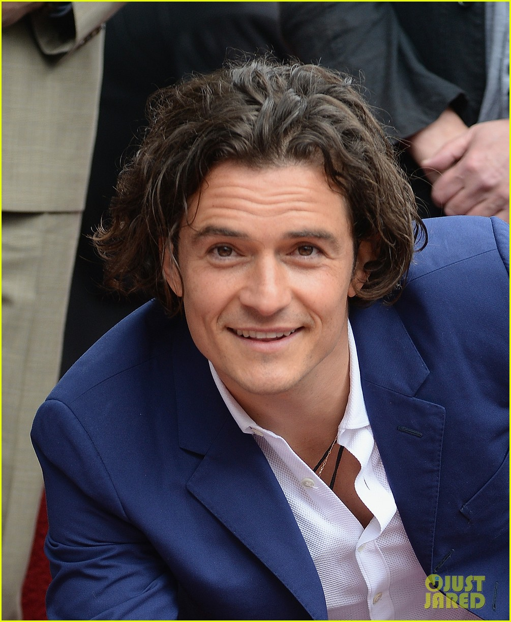 orlando bloom receives star on hollywood walk of fame 06