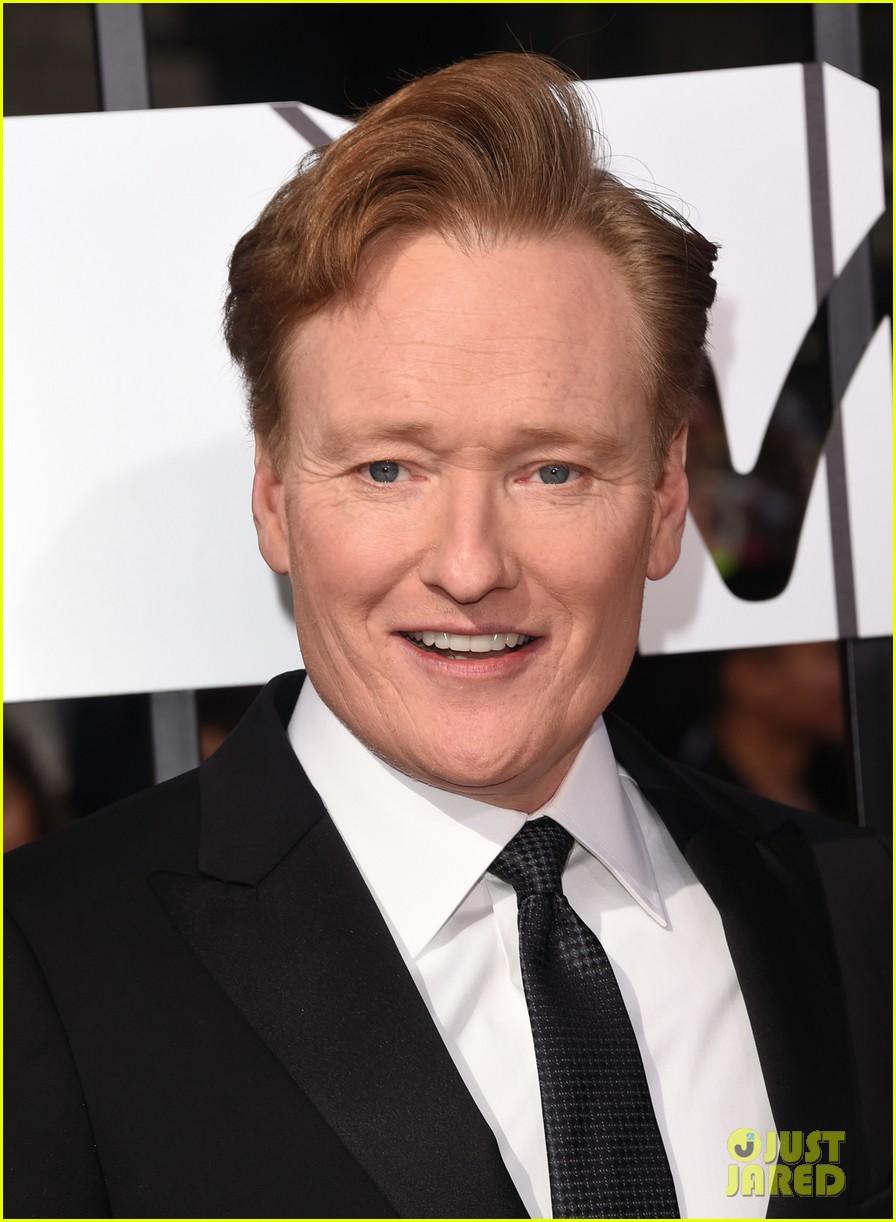 Conan O'brien Wife Liza Powel Conan O'brien Brings Wife Liza