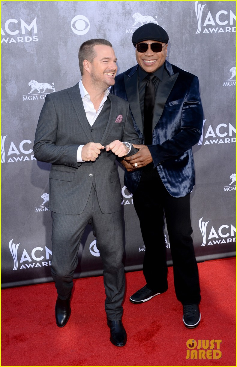 ll cool j chris odonnell buddy up at acm awards 2014 033085873