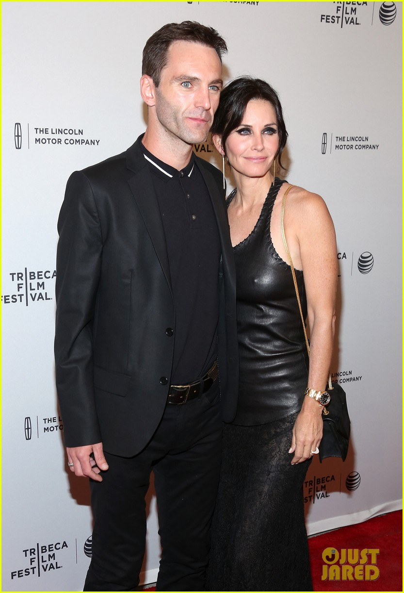 courteney cox celebrates just before i go directorial debut at tribeca 13