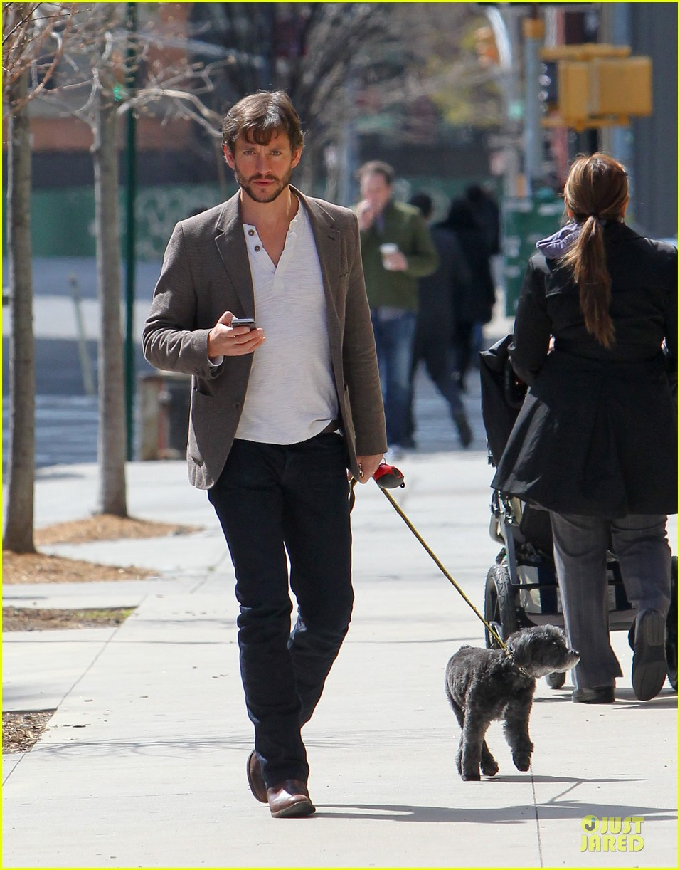 claire danes hugh dancy dress for casual outings 16