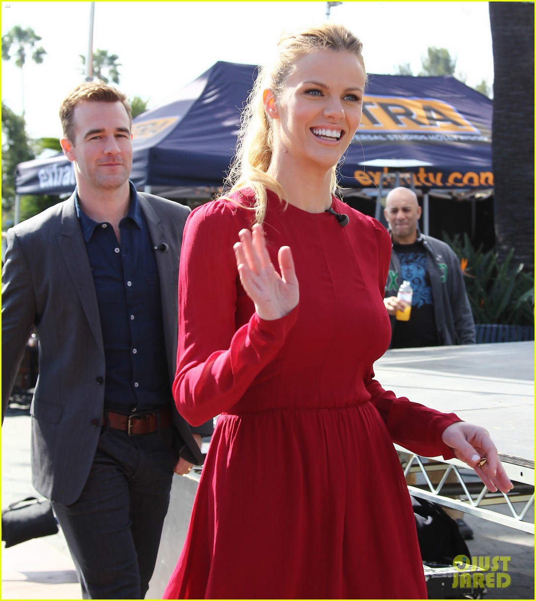 brooklyn decker james van der beek promote friends with better lives 023082788
