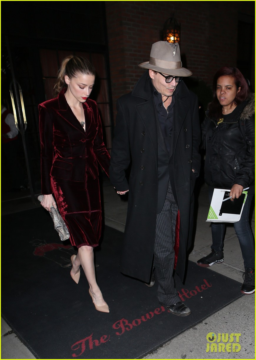 johnny depp takes fiancee amber heard out for brithday dinner 033096615