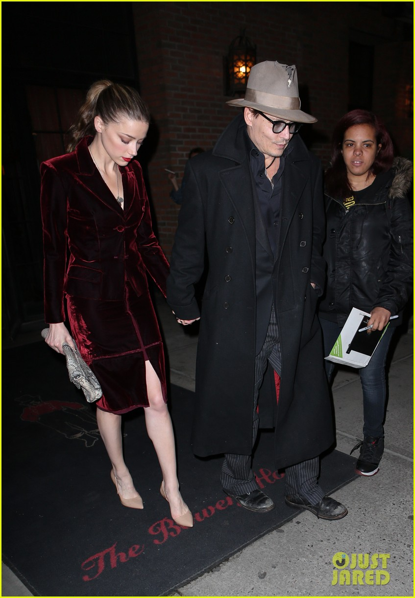 johnny depp takes fiancee amber heard out for brithday dinner 043096616