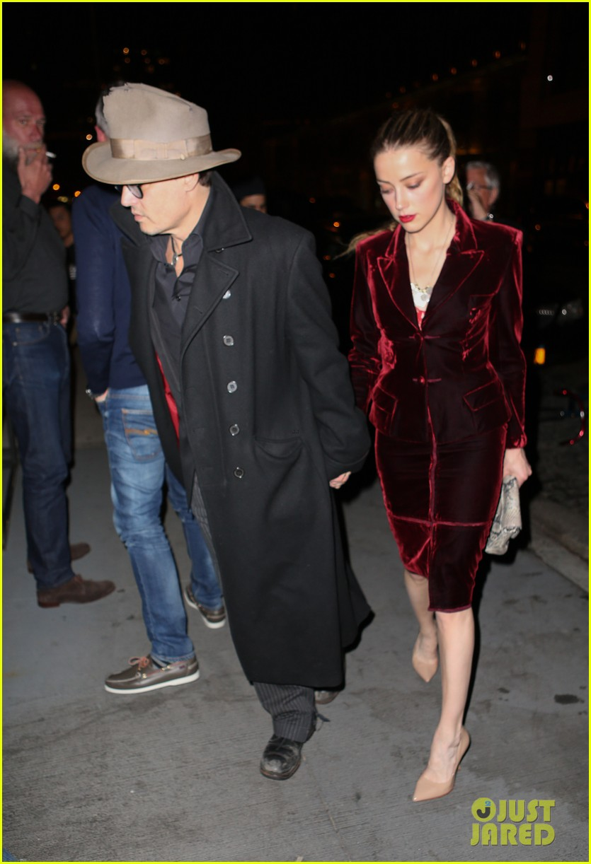 johnny depp takes fiancee amber heard out for brithday dinner 073096619