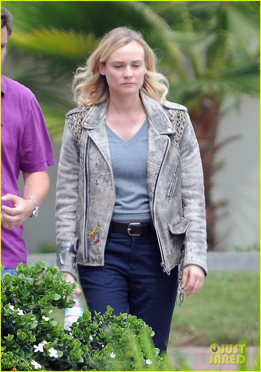 diane kruger gets direction on bridge set 04
