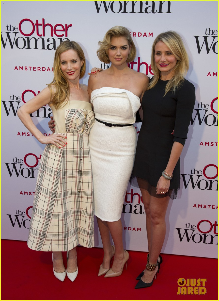 cameron diaz gets glam with kate upton leslie mann for the other woman 14