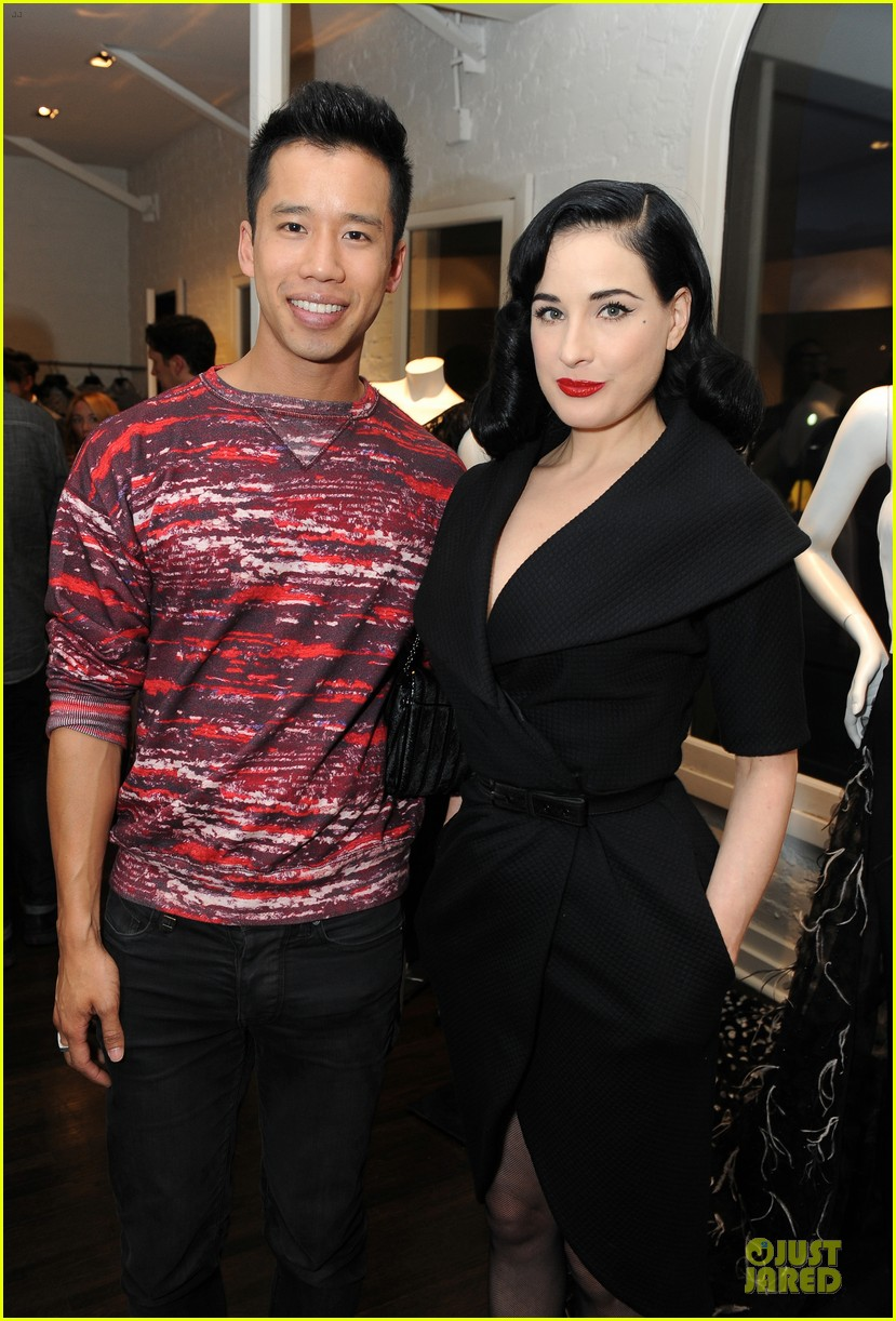 dita von teese glamour at christian siriano preview 06