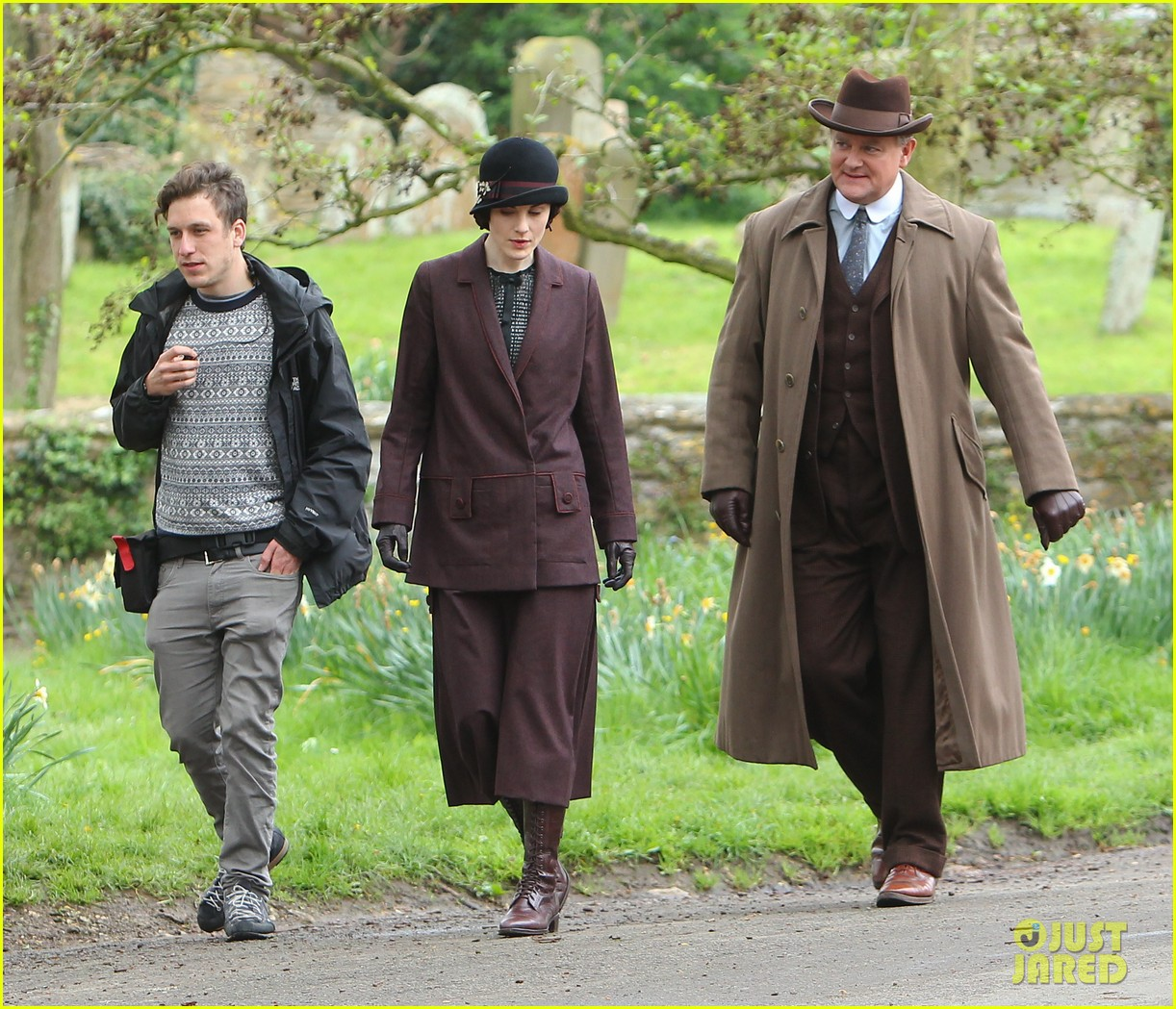 these downton abbey season five set pics are getting us really excited 18