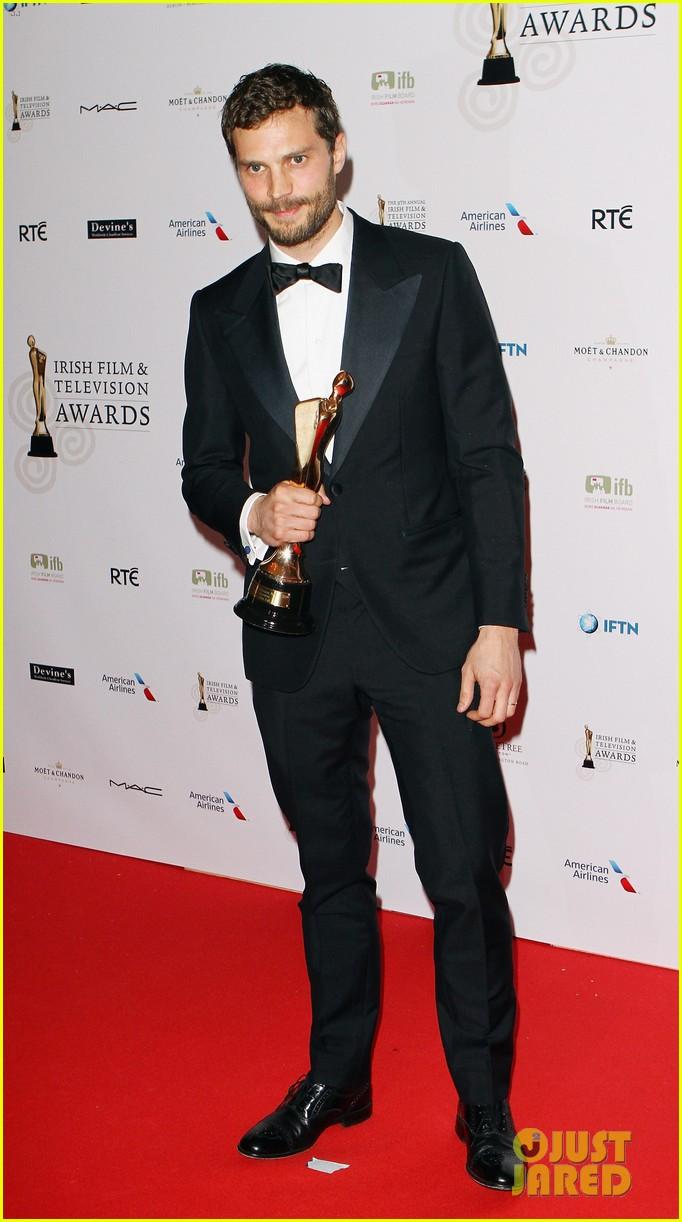 jamie dornan wins two awards at ifta awards 01