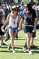 hilary duff mike comrie friendly affair at coachella 01