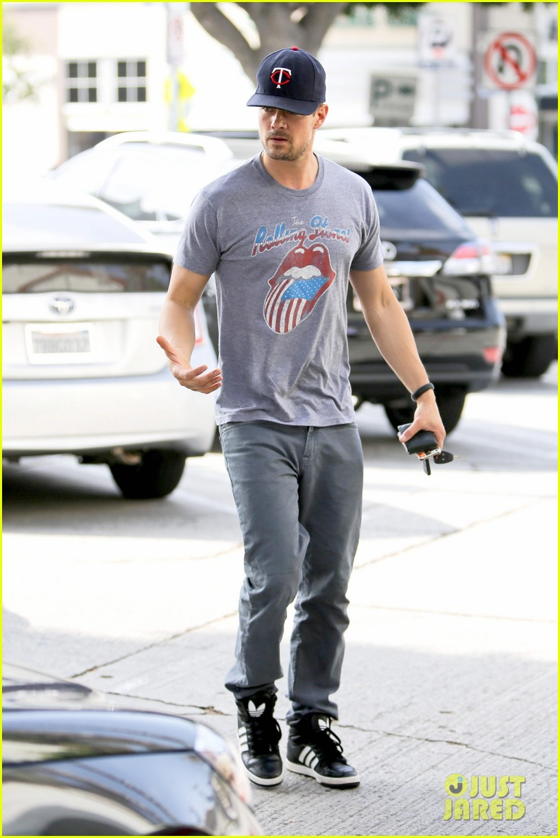 josh duhamel couldnt pass up doing battle creek 143097569