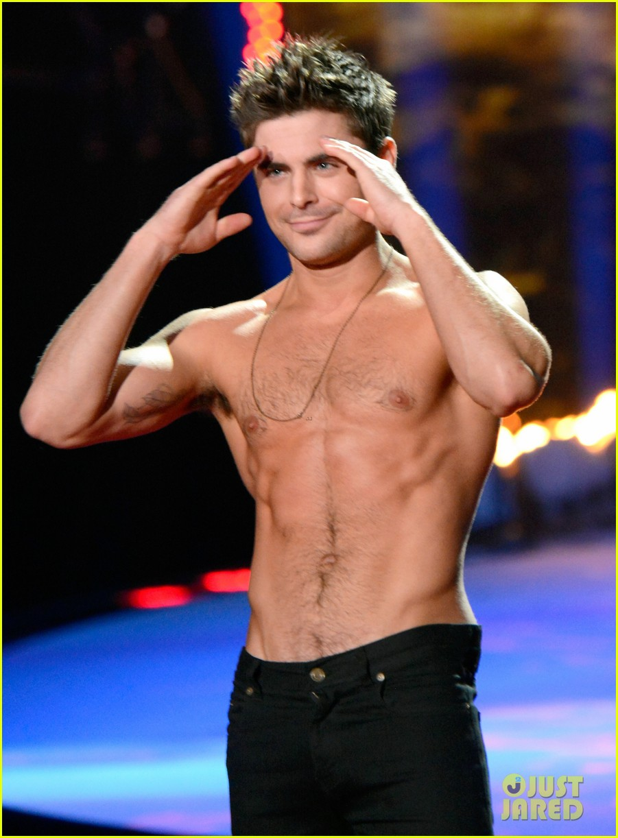 more zac efron shirtless photos mtv movie awards 2014 353091699