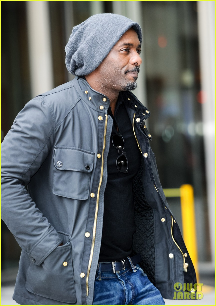 new dad idris elba may be getting some new cast mates for jungle book 023098172