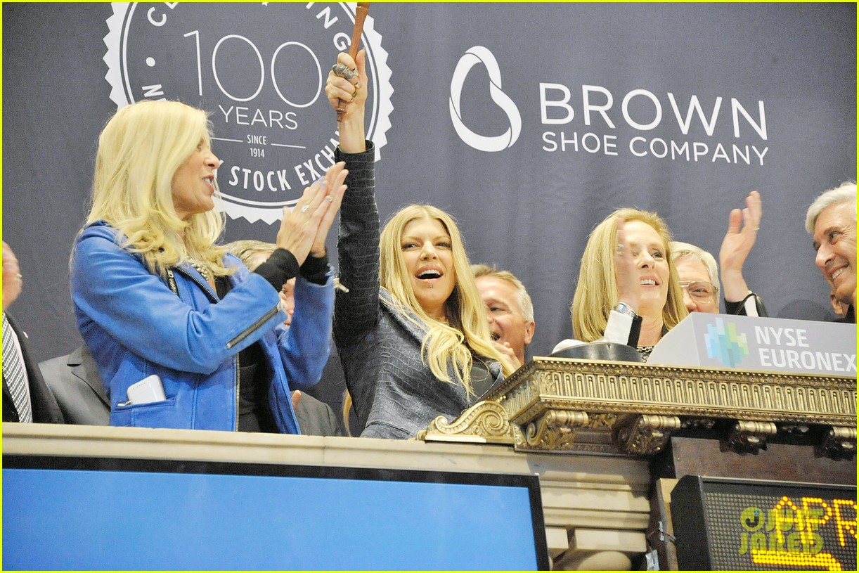 fergie jennifer hudson celebrate major milestone brown shoe company 10
