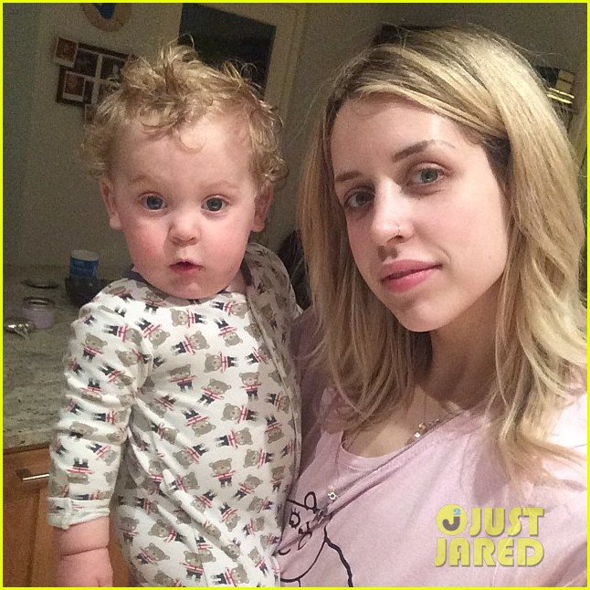 peaches geldof adorable moments with kids 01
