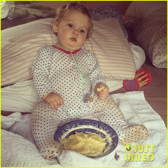peaches geldof adorable moments with kids 26