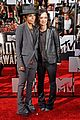 sara gilbert linda perry married couple mtv movie awards 2014 05