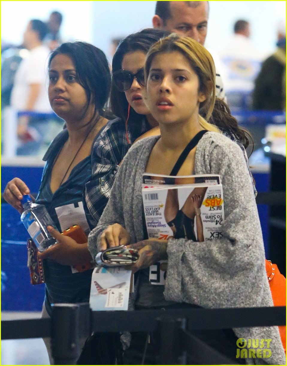 selena gomez leaves miami after spending time with justin bieber 01