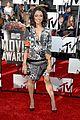 kat graham printed beauty at mtv movie awards 2014 red carpet 01