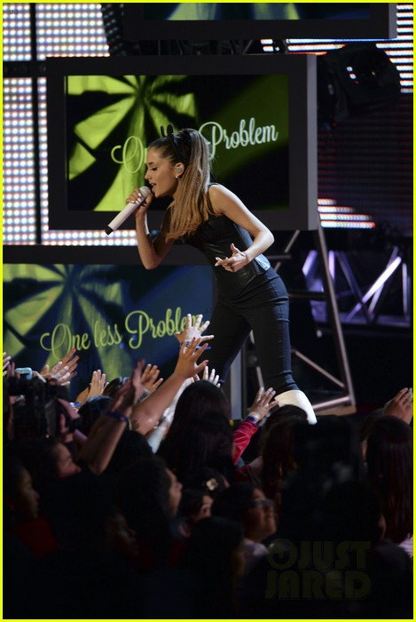 ariana grande radio disney music awards 2014 08