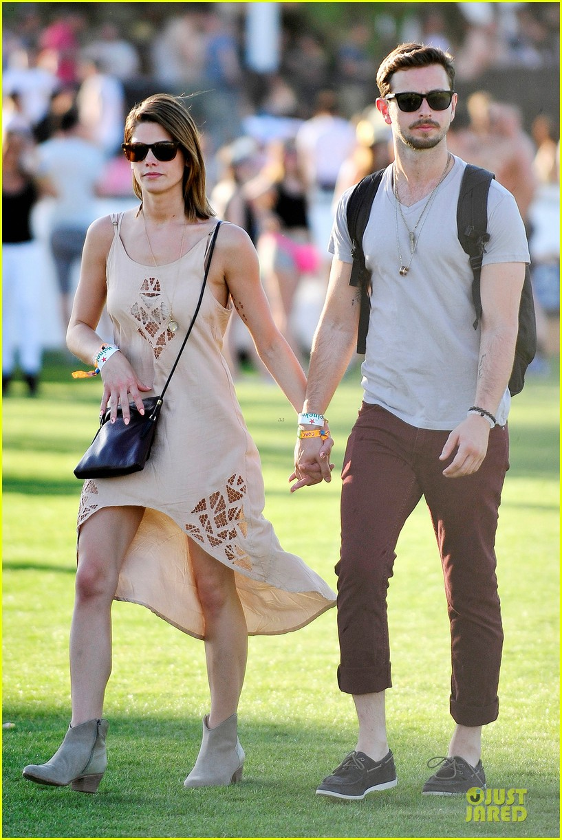 ashley greene paul khoury first coachella together 01