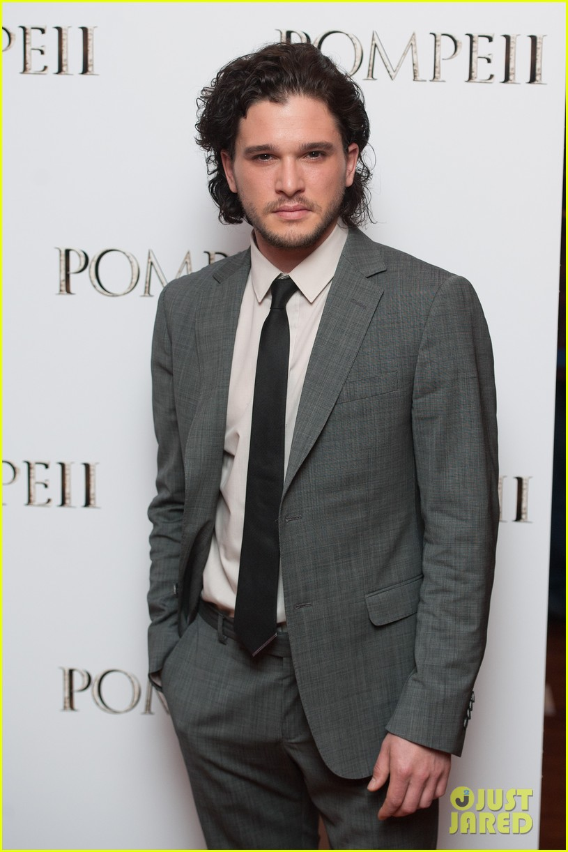 kit harington suits up after crazy game of thrones episode ending 043100795